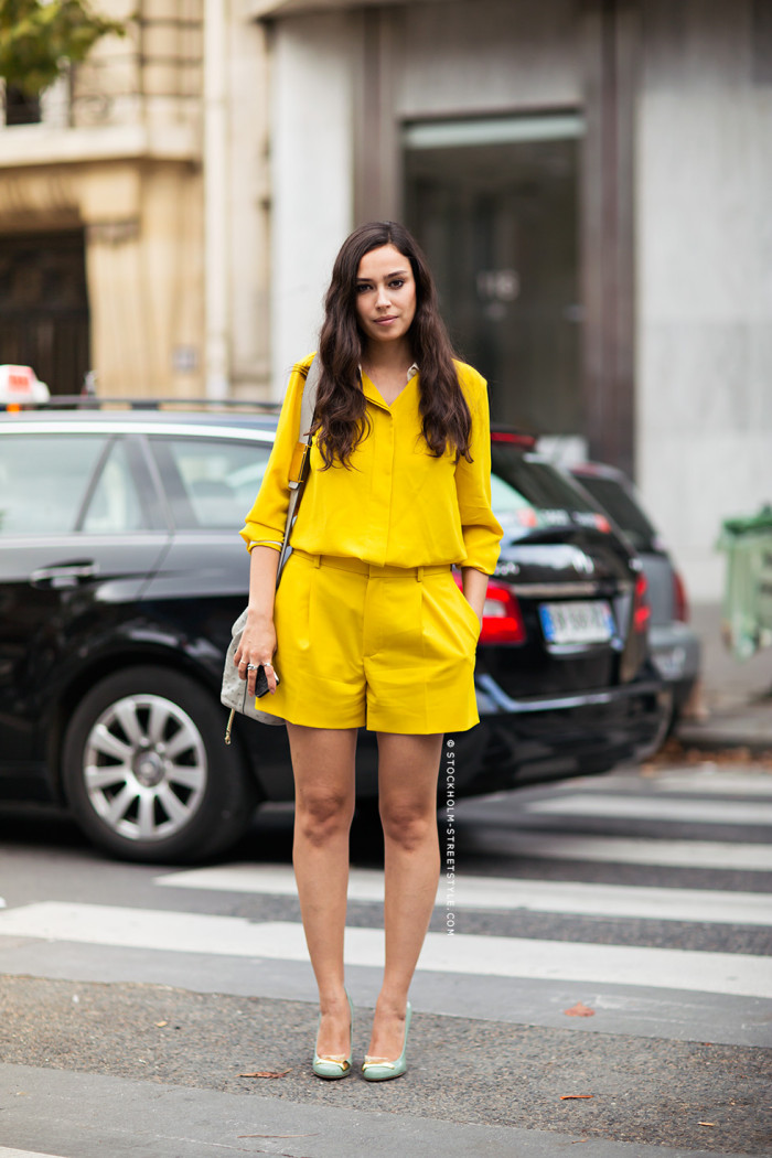 yellow-blouse-with-contrast-collar-hidden-buttons-and-matching-pleated-shorts-stockholm-streetstyle-e1416753758663