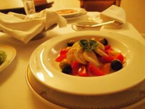 ミラコスタの食事1