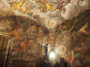 これだと雰囲気がわかるかなー。でも壁と天井の境目がやはり伝わらない。