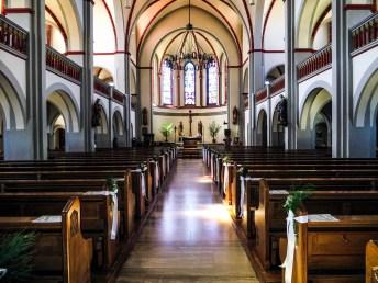 Blick ins Innere St. Laurentiuskirche Waldstetten