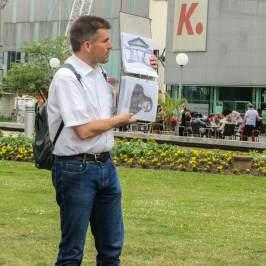 Stadtführer Georg Hertweck in Karlsruhe.