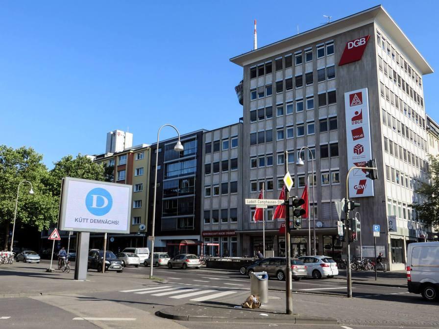Hans-Böckler-Platz mit DGB-Haus.