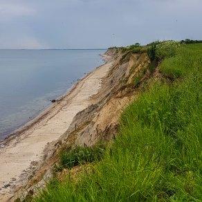 Die Steilküste ist abbruchgefährdet.
