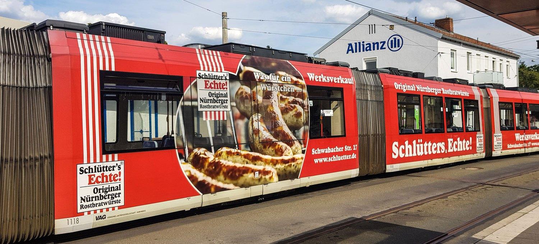 Tram Linie 5 in Nürnberg-Mögeldorf.