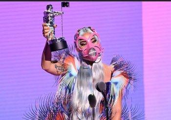 Lejdi Gaga dominirala dodjelom MTV Video Music Awards, slavila Arijana Grande i bend BTS