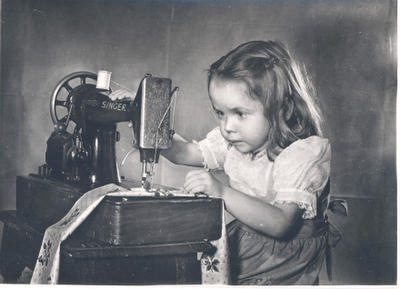 LittleGirlSewing