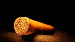 1006185_cigar