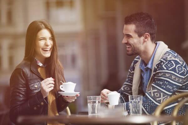 【人に好かれる女性】共通する8つの特徴! 真似して愛されキャラになろう♪