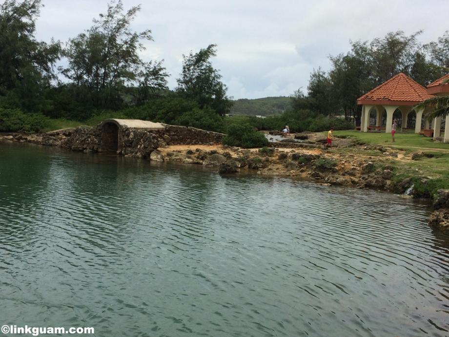 guam inarajan グアム イナラハン天然プール 観光