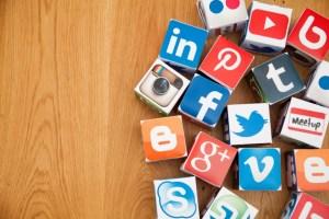 Counterintuitive Method Social Media Reduces Work Stress