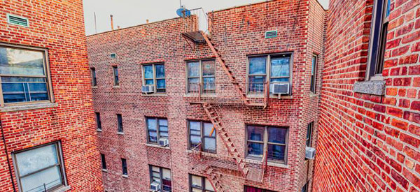 apartments brick class-B-GettyImages_600x275px