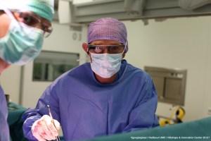Immagine di Chirurgo con Google Gless Sperimentali