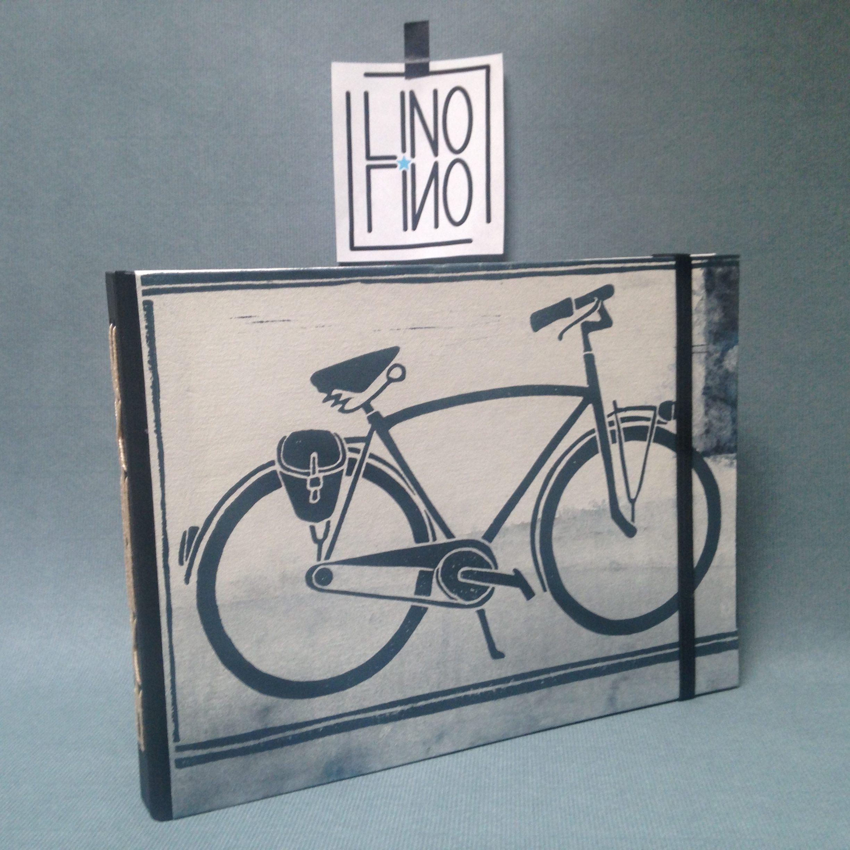 LinoLino | Linogravure et créations à partir d'impressions artisanales | Chambéry, France | Carnets linogravure reliure raffinée vélo bleu