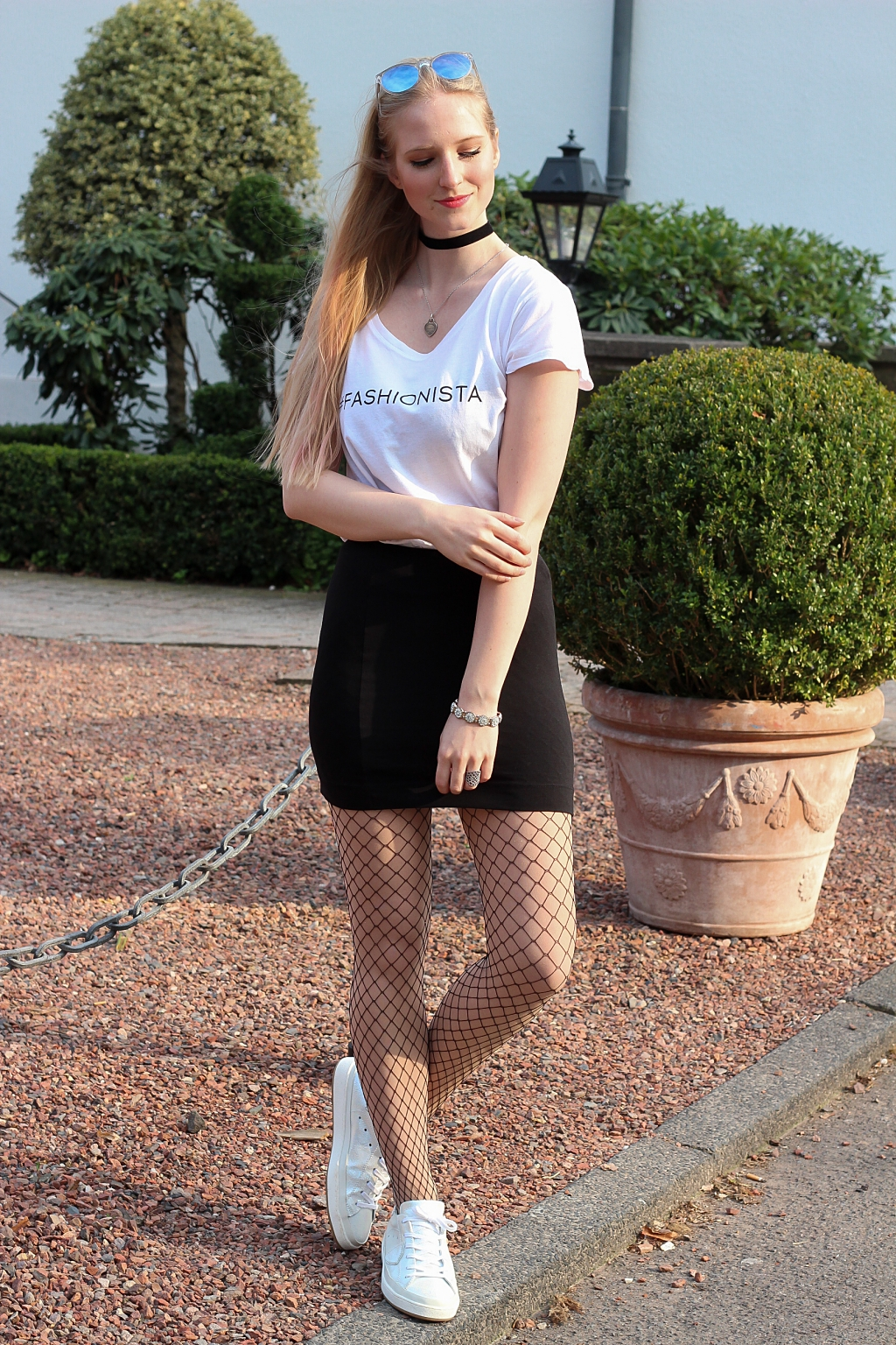 Netzstrumpfhosen, how to wear, Inspiration, Fishnet, Fishnet Tights, Mantel, Orsay, casual chic, fashionista, blogger, modebloggerin