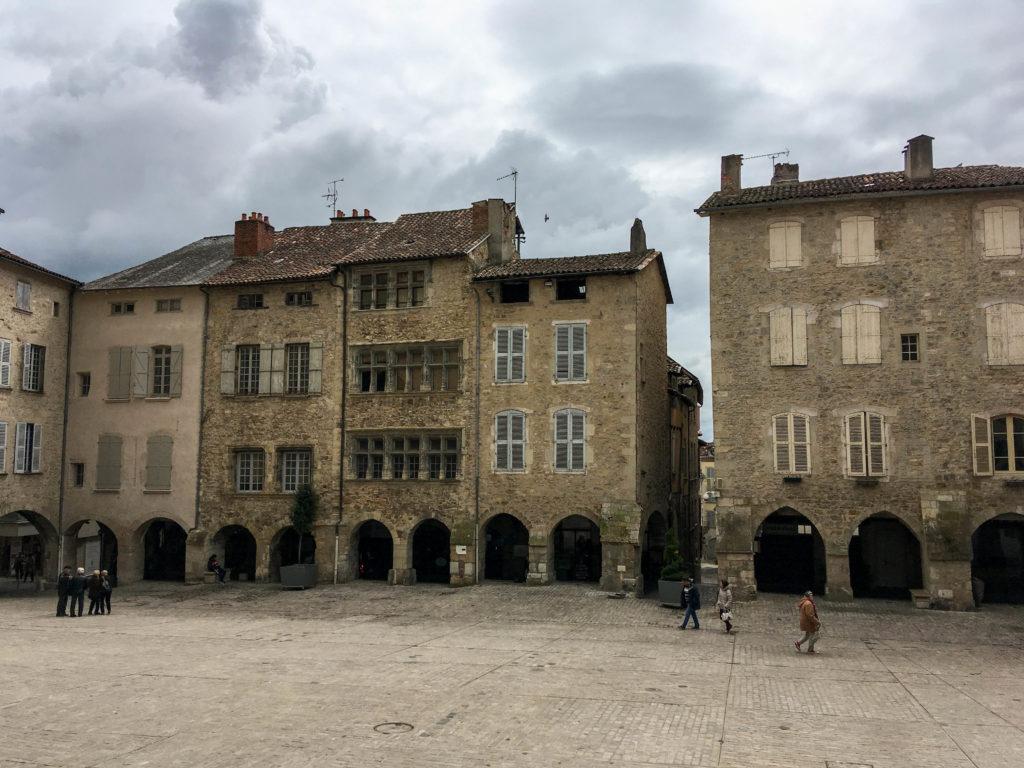 Compostelle Place Notre Dame