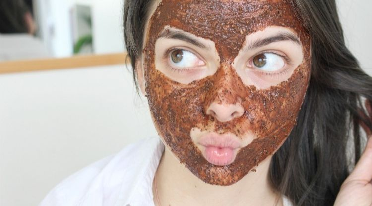 manfaat masker kopi untuk kulit wajah