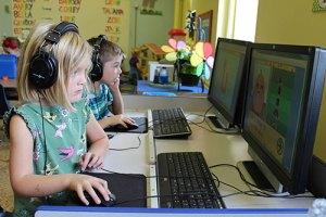 Students at computers - Students-at-computers