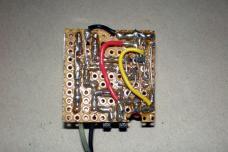 3.7V akkumulátor töltő nyák alsó nézet