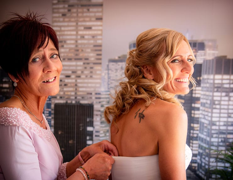 bride and mum preperations