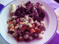Soy bean salad and broccoli