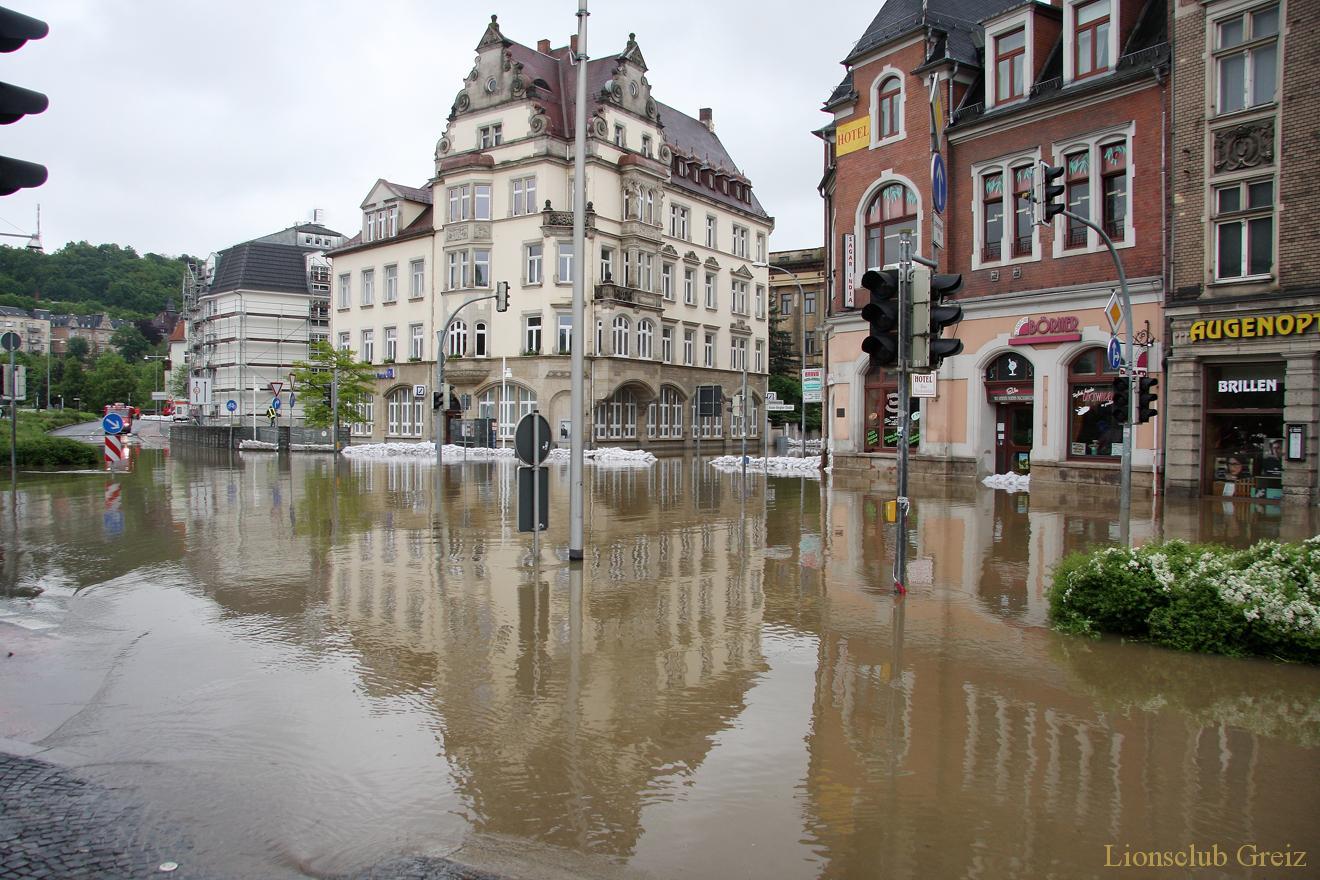 Lions-Club Völklingen unterstützt Hochwasseropfer in Greiz