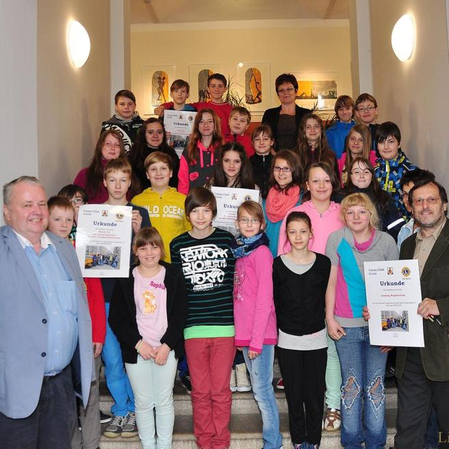 Lionsclub Greiz übergibt Prämien an Lessing-Regelschüler