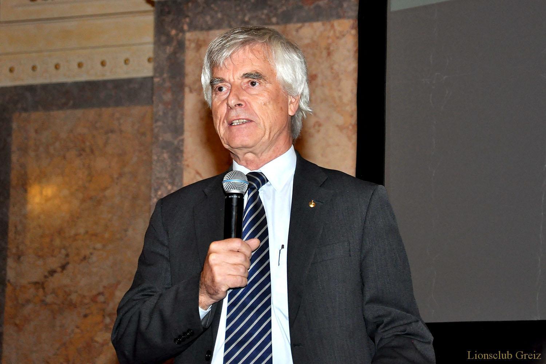 Herzlichen Glückwunsch, Dr. Ulf Merbold