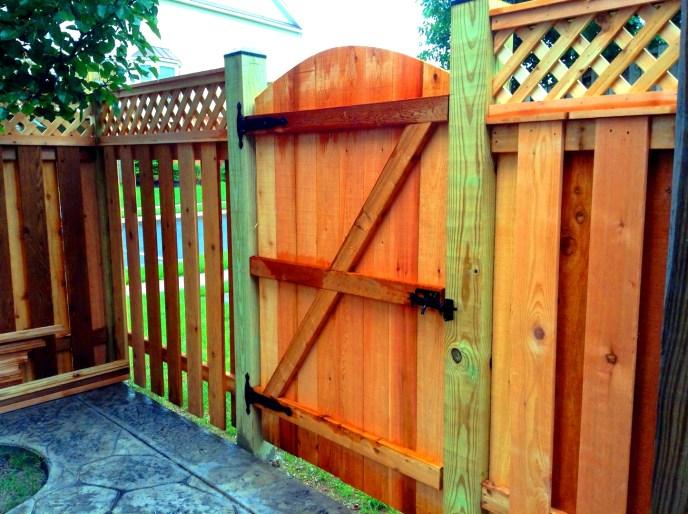 Cedar Board on Board w. Diagonal Lattice Topper South Riding Loudoun County VA by Lions Fence 2