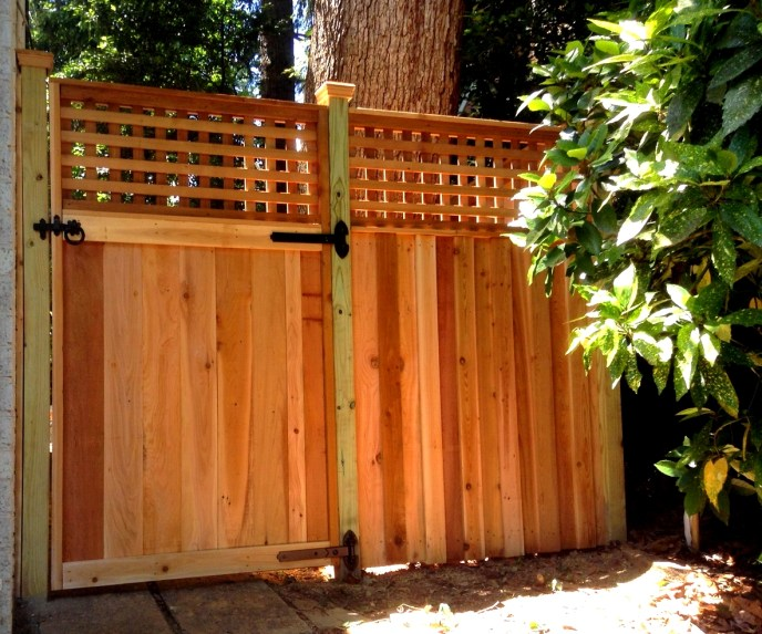 Cedar Privacy with Lattice Arlington Arlington County VA by Lions Fence 2