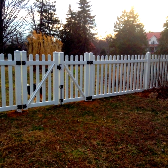 Vinyl Picket Fence Clifton Fairfax County VA 2