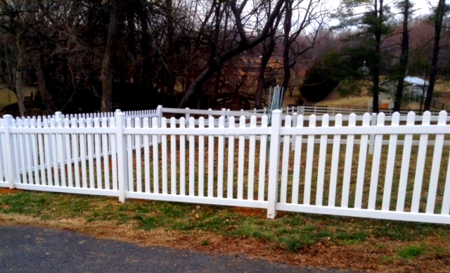 Vinyl Picket Fence Clifton Fairfax County VA 3