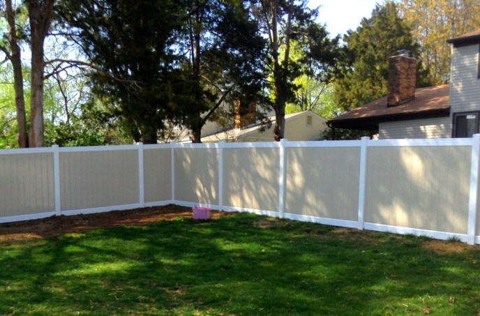 Vinyl Privacy Fence Herndon Fairfax County VA 2