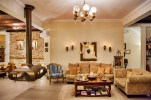 LIONS NINE -LOBBY LIVING ROOM-PELION HOTEL