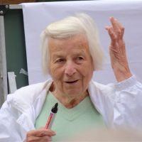 GALINA SCHATALOVA, femeia care a contrazis stiinta,hranind maratonisti si cosmonauti cu minim de calorii si cu hrana vegetariana