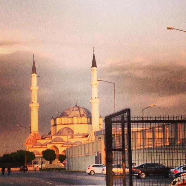 moschee-la-intrarea-in-turcia-600x600