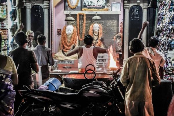 India-Varanasi-rasarit-91_1024x683-600x400