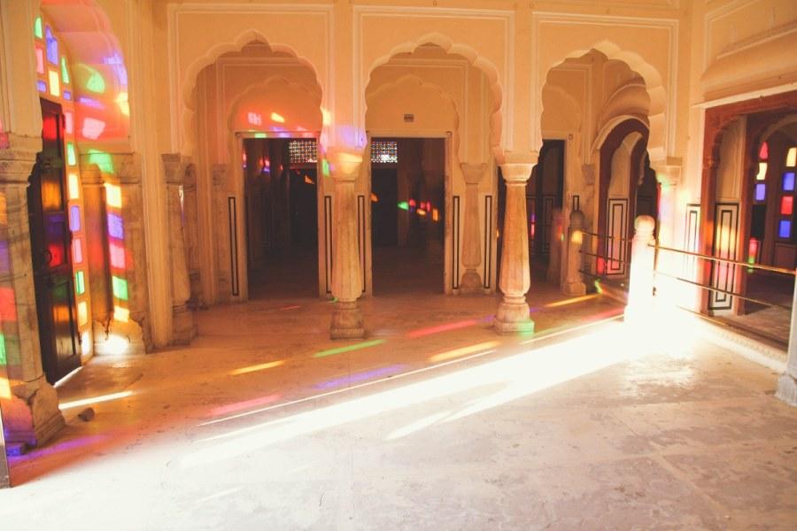 India-Varanasi-rasarit-375_1200x800