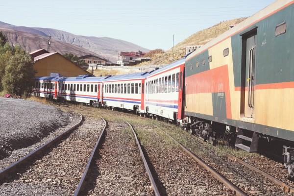 Iran-1-75-600x400