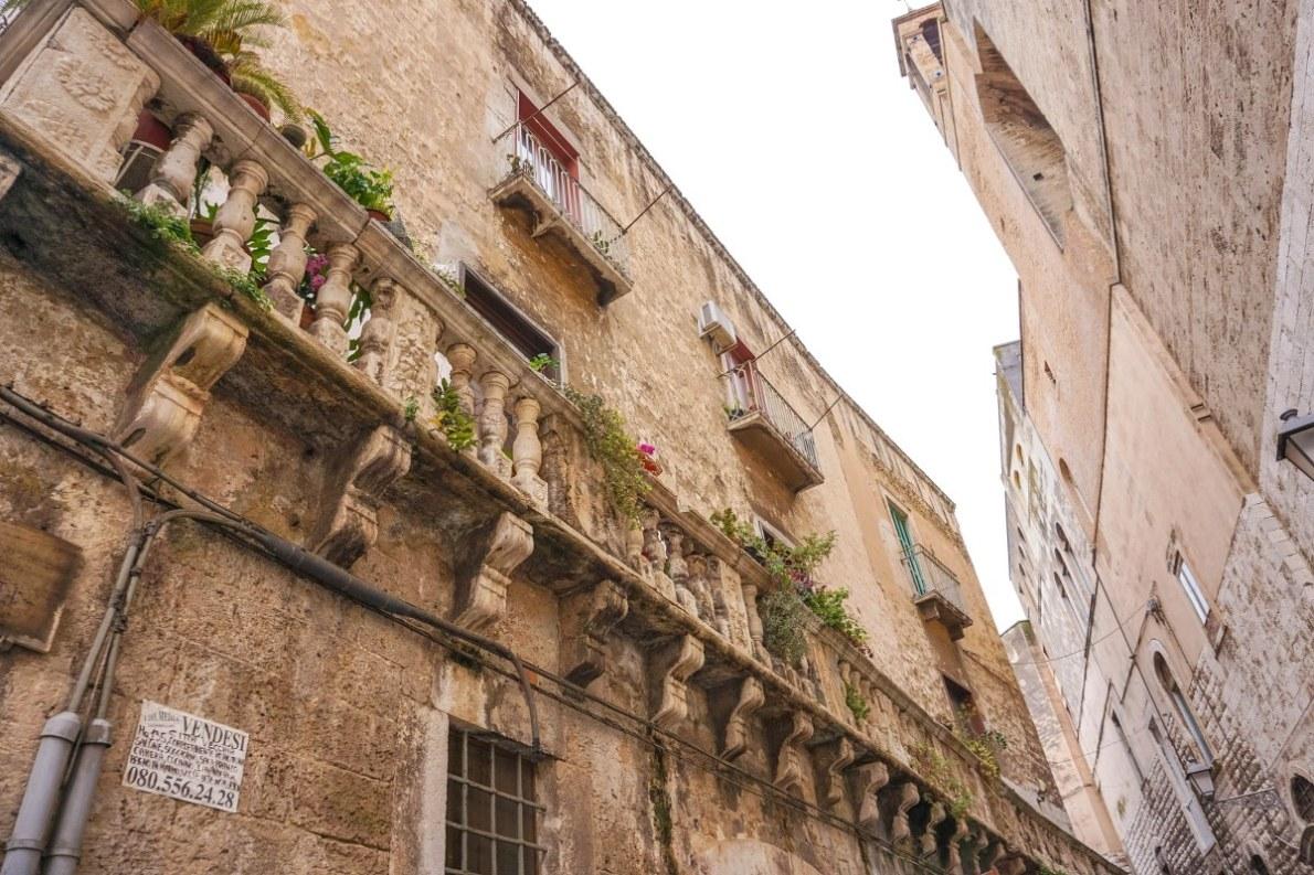 Bari by day-55_1200x800