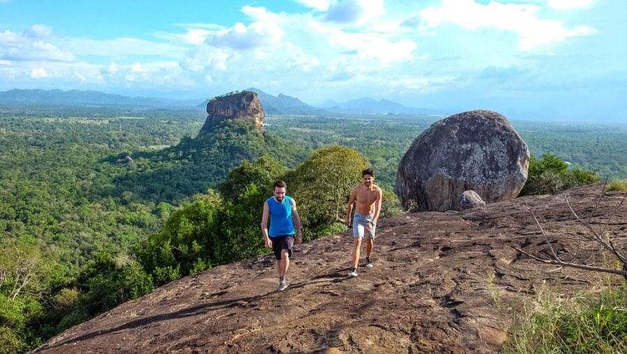 Sigiriya-Pidurangala-rock-temple-Sri-Lanka-77_1024x578