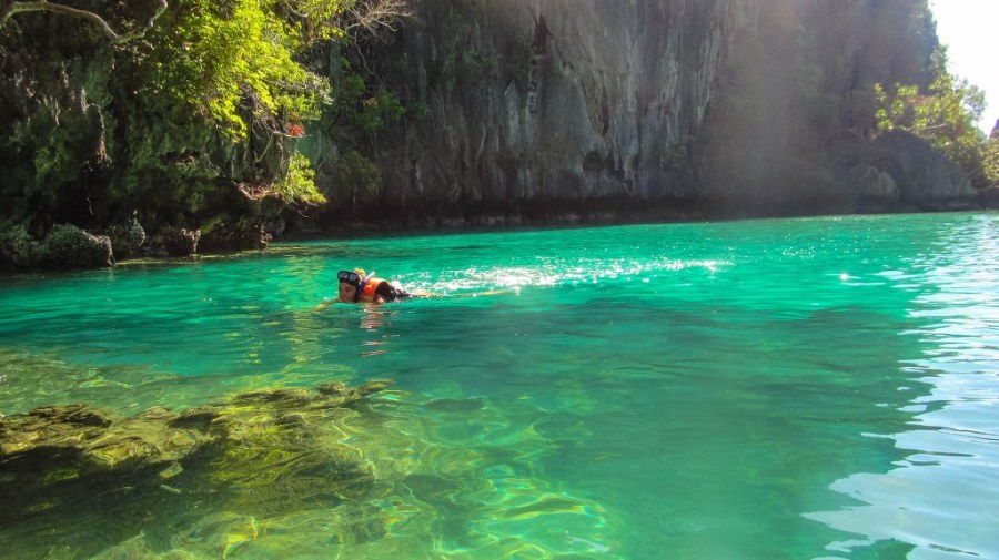 El-nido-island-hopping-tour-subacvatic-60_1024x575
