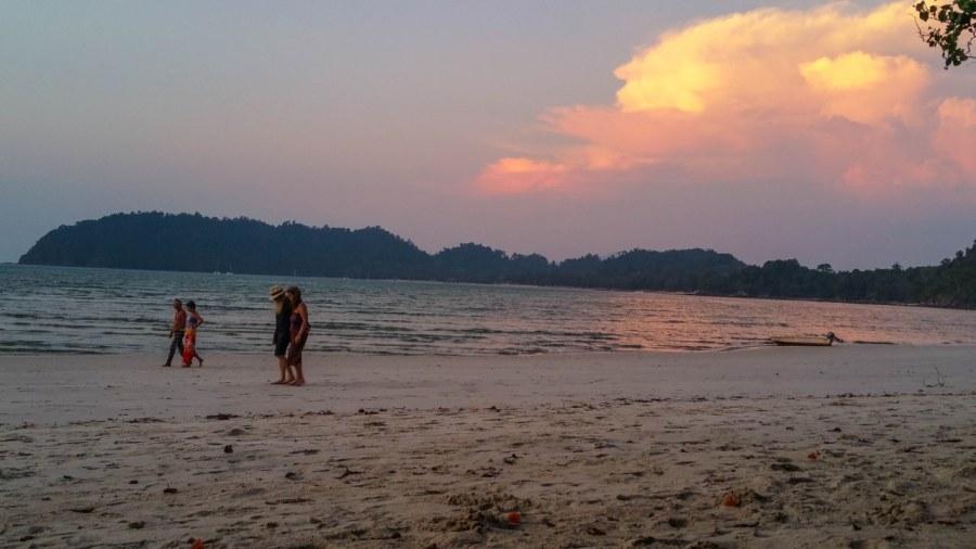 Ko-Phayam-island-68_1280x720