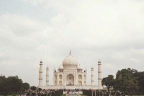 Super ofertă pentru India: București – Bologna – New Delhi și return 342 de euro