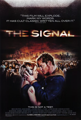 The signal (2007, David Bruckner, Dan Bush, Jacob Gentry)
