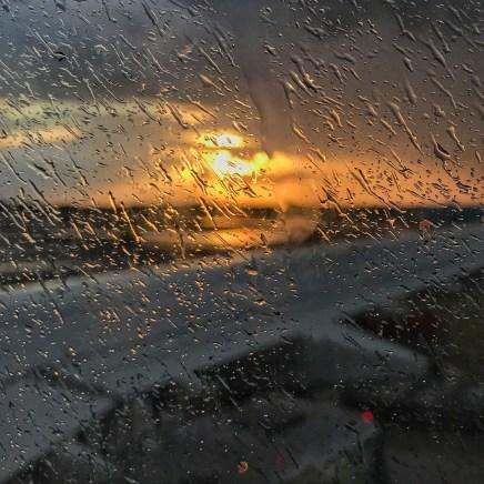Amszterdam, szemerkélő eső. A hajam 1 mm-es. Az ébredés hajnali 4 órás.