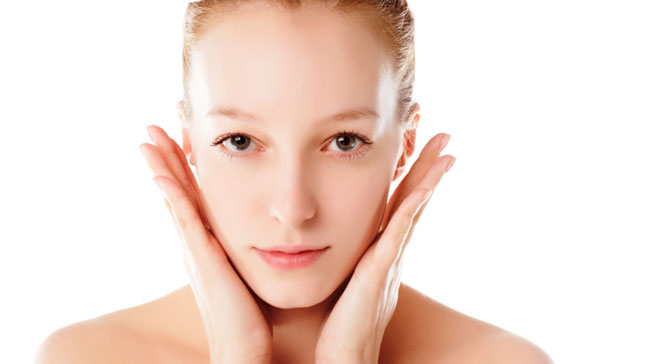 4 Simple Ways to Care for Your Skin