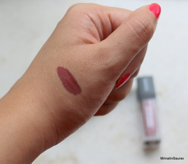 Sugar Smudge Me Not Liquid Lipstick - Greige Rage | Review and Swatches