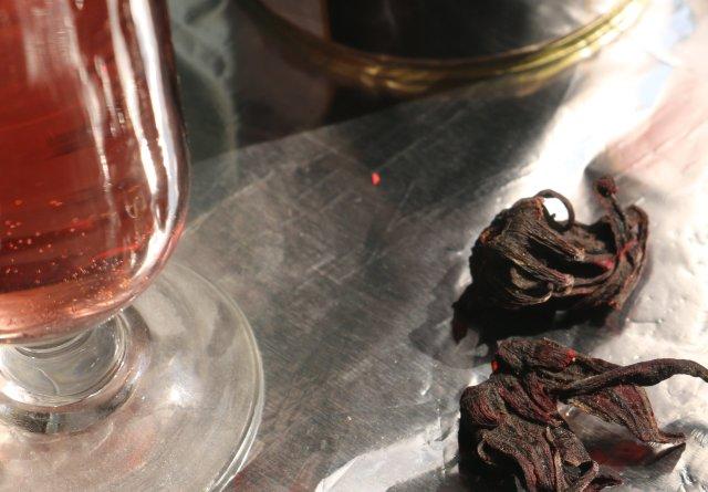 Seer Secrets Sabdariffa Tisane Herbal Tea   Review