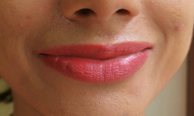 Nykaa So Matte Lipstick - Naughty Nude | Review and Swatches