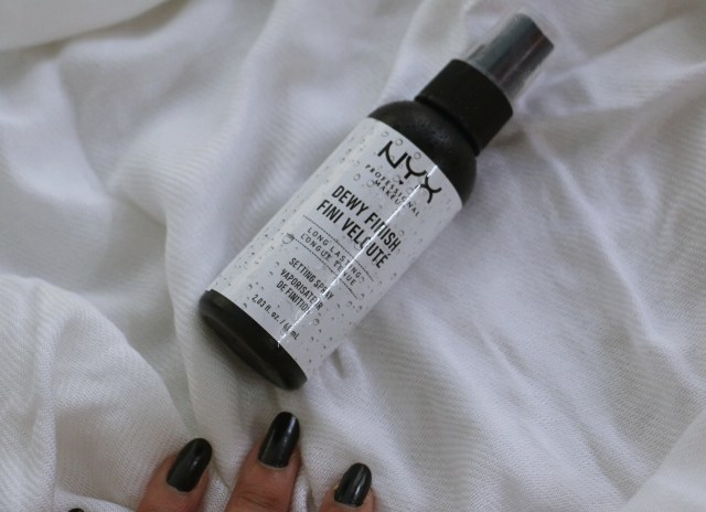 NYX Professional Makeup Dewy Finish Setting Spray | Review